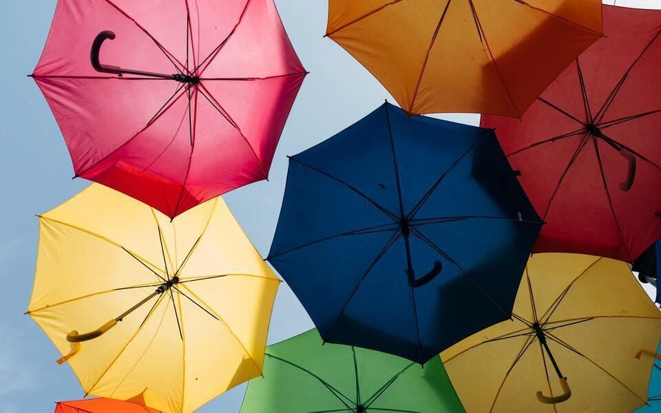 Guía definitiva sobre diferentes tipos de paraguas
